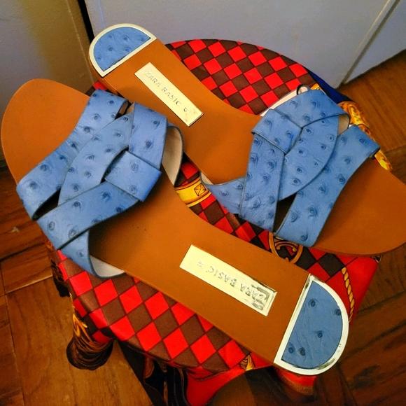 Zara woman's Blue leather Sandals size 10